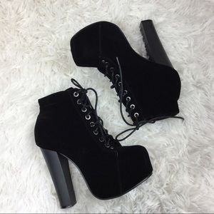 Heeled Lace-Up Boots